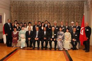 مع مواطنين يابانيين في طوكيو