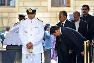 ممثلا للشعب التونسي في جنازة الراحل العظيم نلسون مانديلا